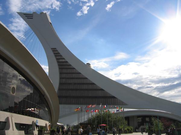 会場のひとつモントリオールのオリンピックスタジアム (C) hoshi306