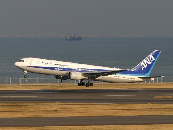 全日空の羽田~バンクーバー線に投入されるボーイング767-300ER