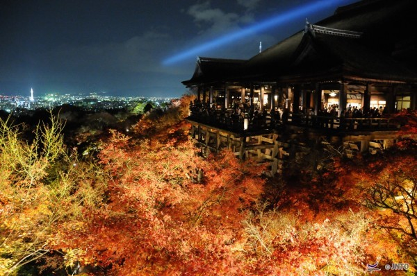 Light-up at Kiyomizu-dera temple