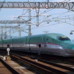 "The newest and fastest train! Tohoku Shinkansen ""Hayabusa"""