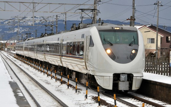 683 series is the primary fleet for limited express train in Hokuriku region.