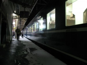 Overnight train Hamanasu at Aomori station