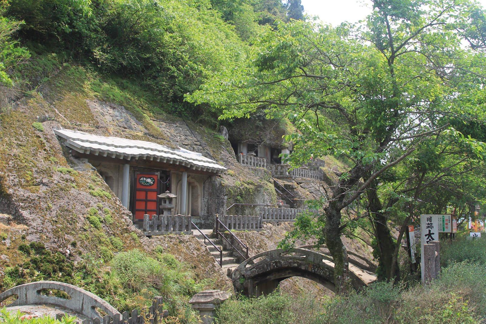 Iwami Ginzan Rakanji temple (C) Jonathan Ayre
