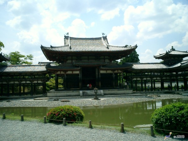 Byodoin Hououdou is the highlight in Uji. © JNTO