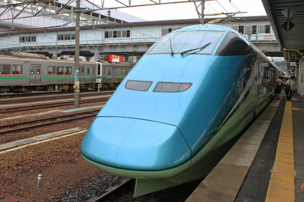 The first ever Shinkansen cruise train, Toreiyu Tsubsa. (C) James Chuang