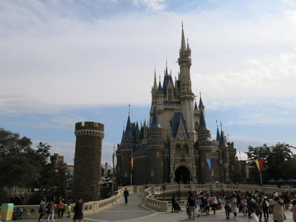 Cinderella's castle is the icon of Disneyland.